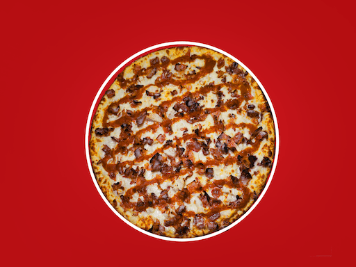 Creamy ranch with roasted chicken breast, loaded with cheese & topped with bacon & buffalo sauce (no tomato sauce)